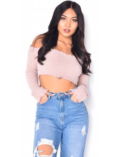 Soft Long-Sleeved Crop Top