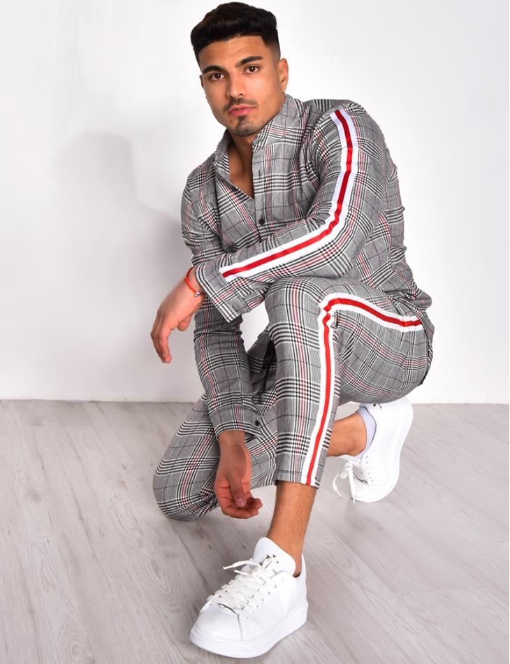 Ensemble pantalon et chemise à carreaux et bandes
