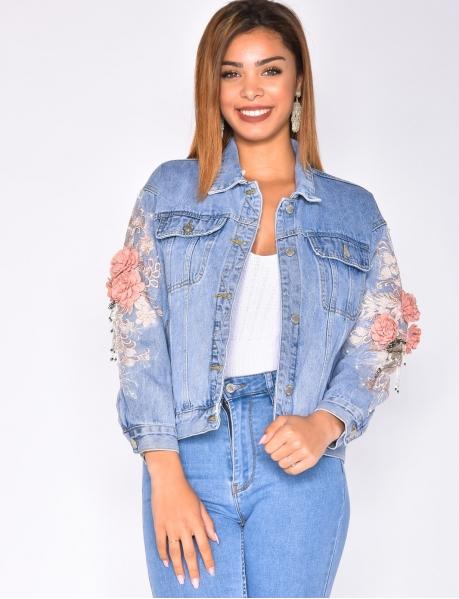 Veste en jeans à fleurs