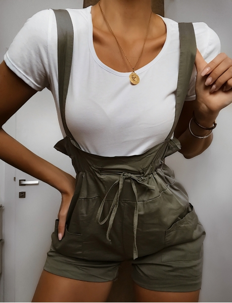 Ensemble salopette short et T-shirt