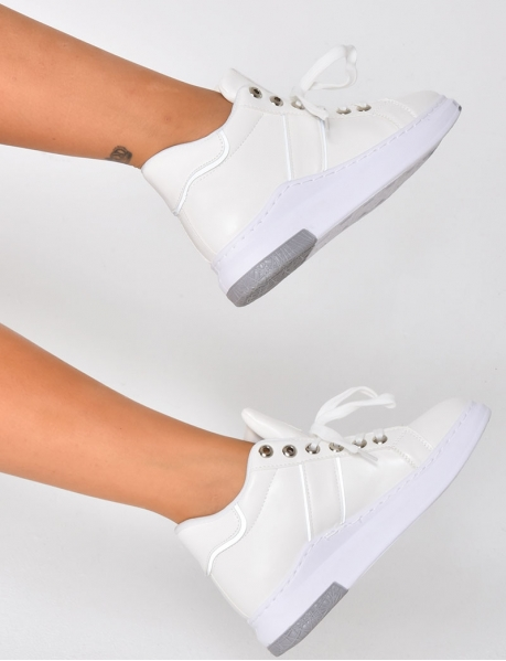 Reflective Trainers with Platform