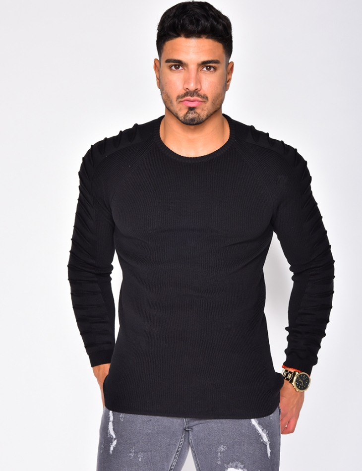 Pull col rond manches en relief