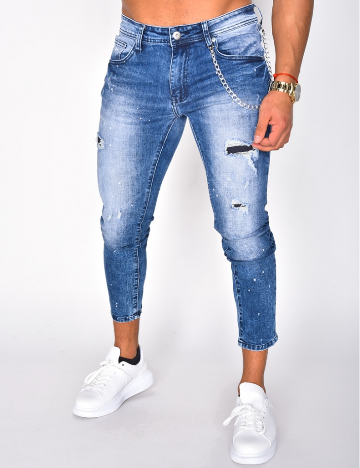 Ripped Jeans with Chain