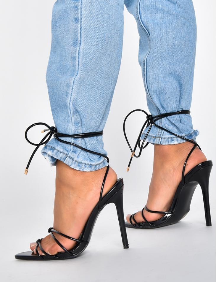 Sandales noires à lacets