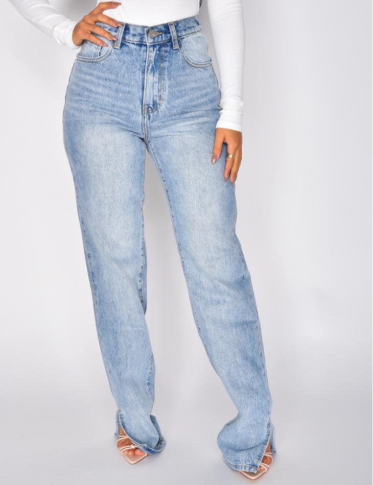 Jeans coupe droite à fentes aux chevilles