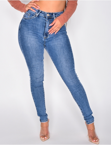 Jeans mit extra hoher Taille