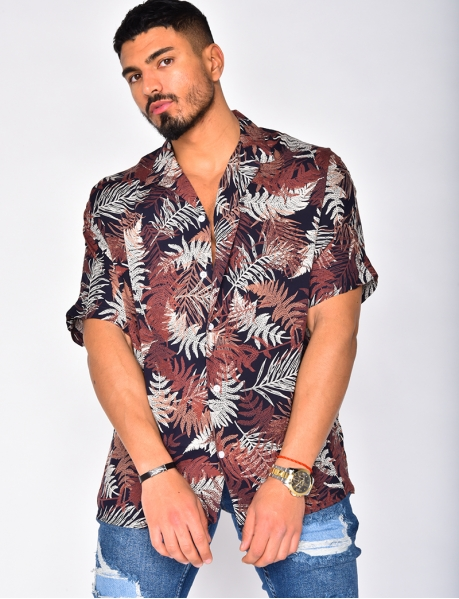 Short Sleeved Shirt with Leaf Pattern