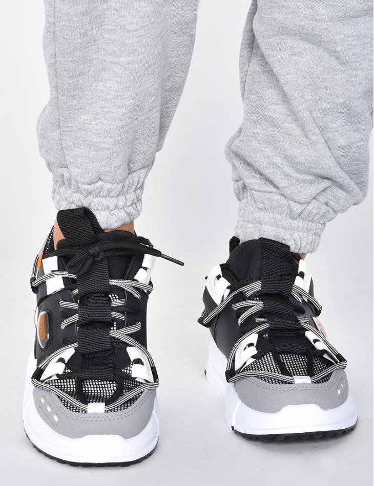 Baskets chunky à lacets