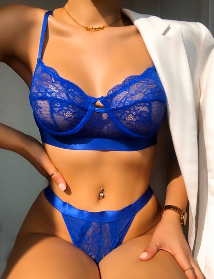 Lace Bra and Thong Set