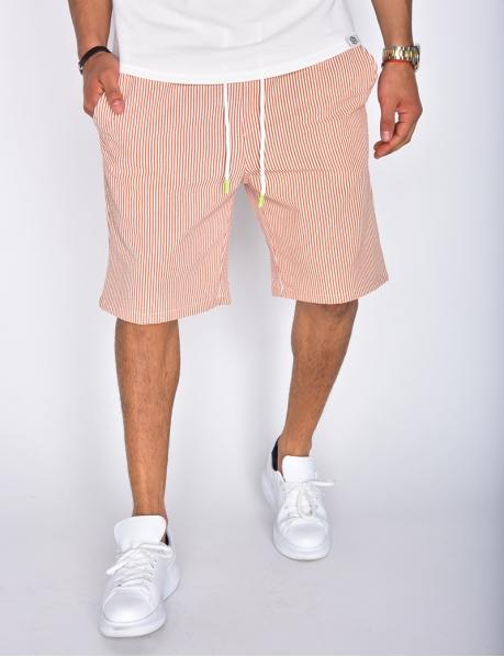 Short à rayures