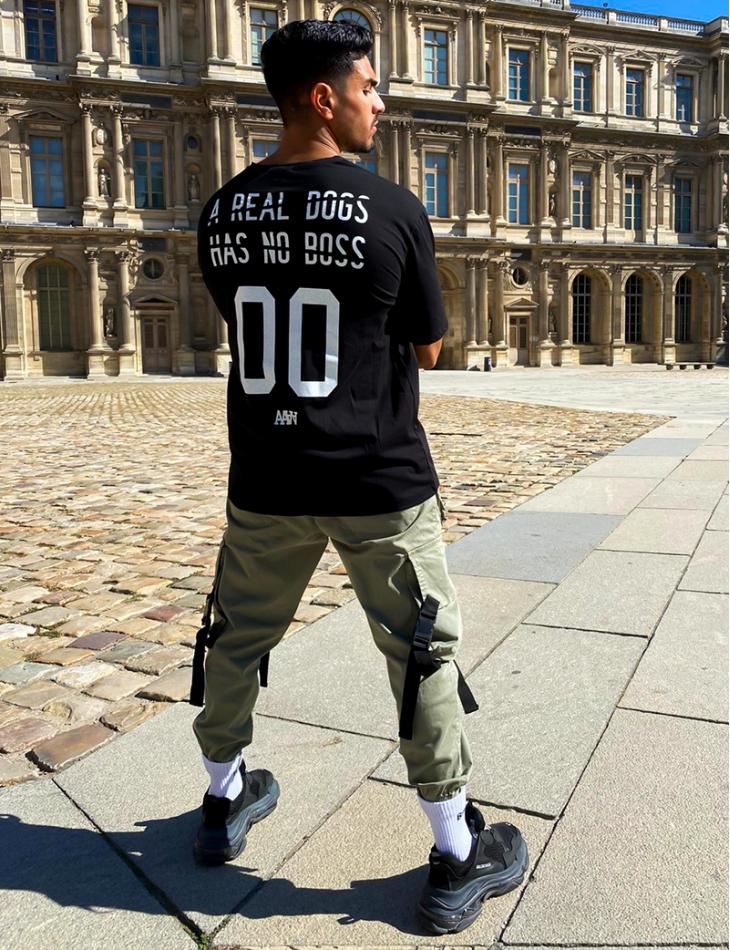 T-shirt homme à graffitis