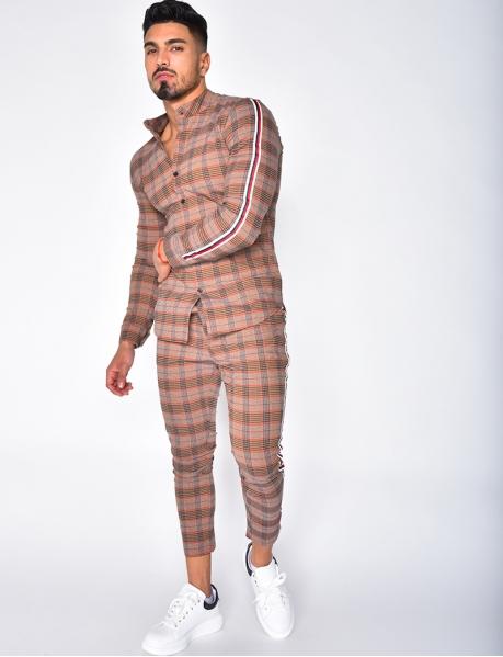 Pantalon à carreaux et bandes