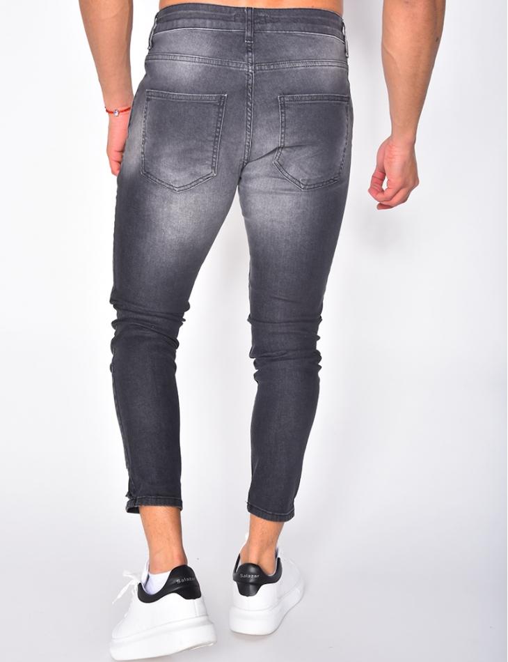Jeans slim destroy à tâches de peinture