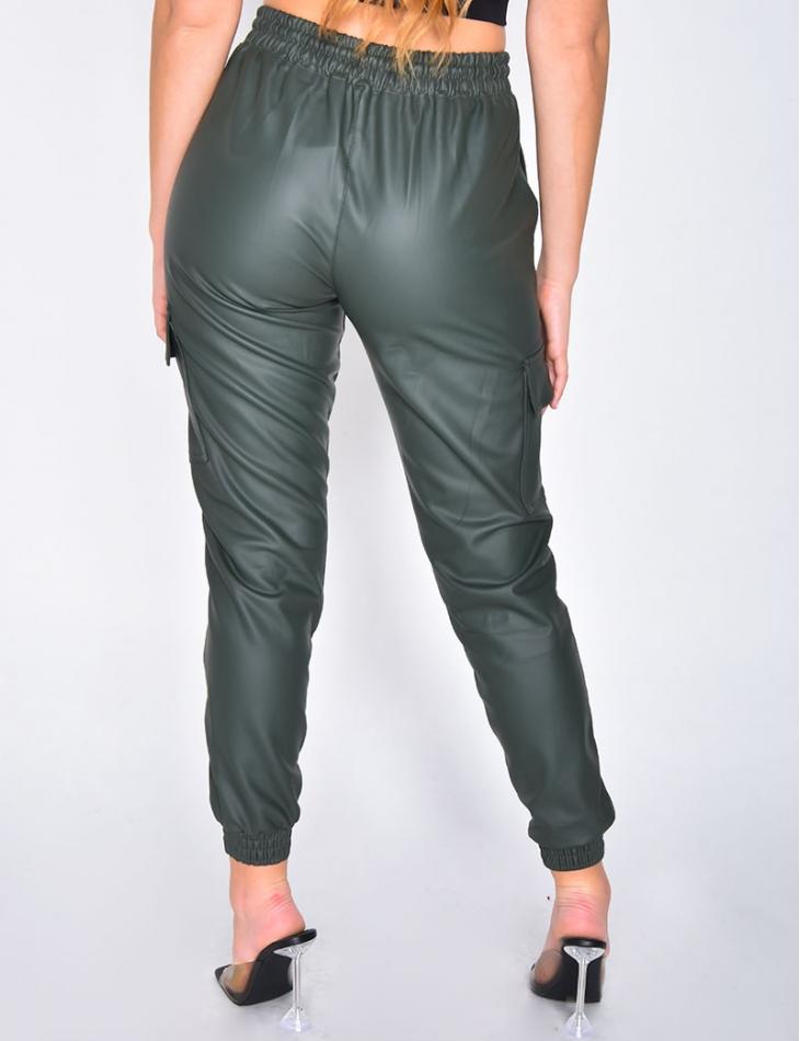 Pantalon cargo en simili