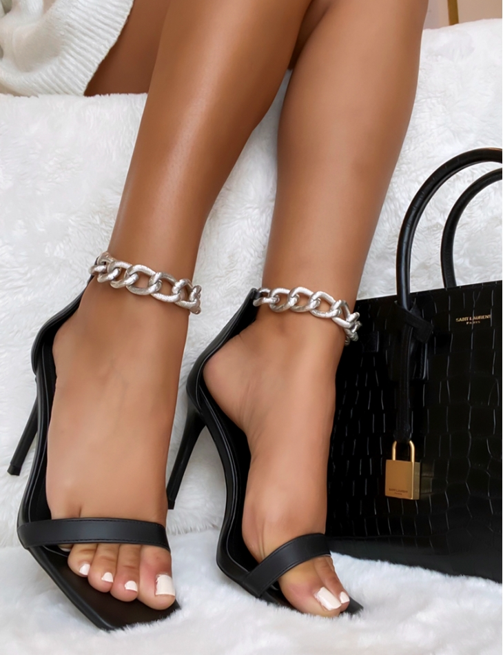 Sandales à chaine