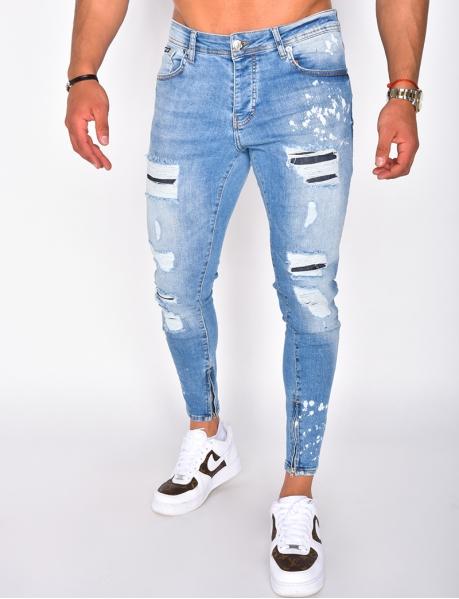 Jeans destroy, mit Flecken und Aufnähern
