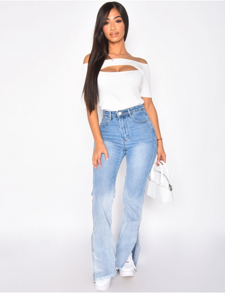 Flared jeans with slits