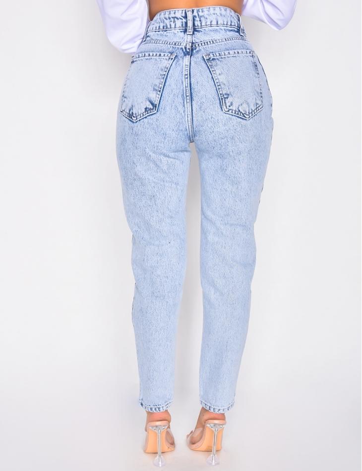 Jeans à boutons en diagonales