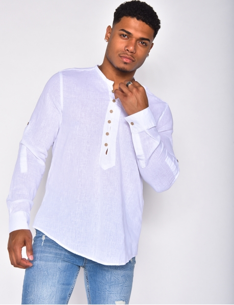 - Finely-woven long-sleeved shirt