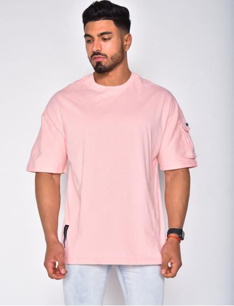 T-shirt avec une poche sur la manche