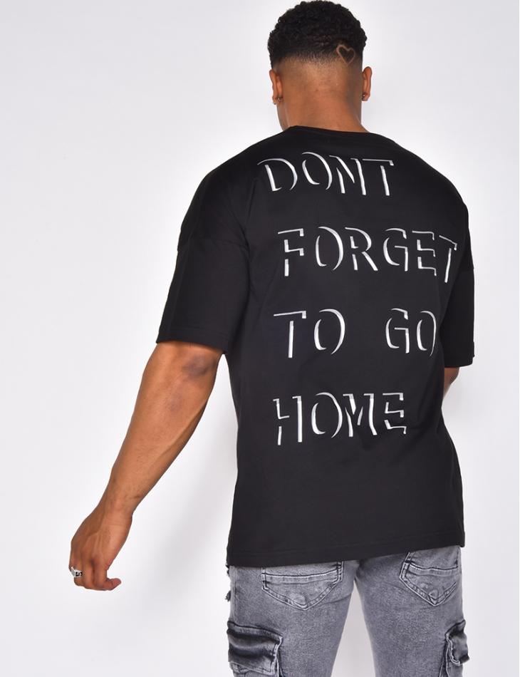 T-shirt à phrase en relief