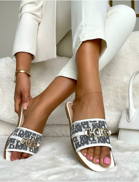 Flip-Flops mit Beschriftung