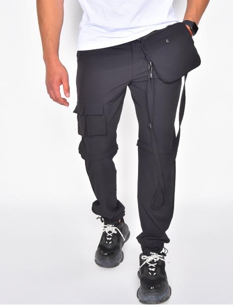 Pantalon cargo à poches et lanière
