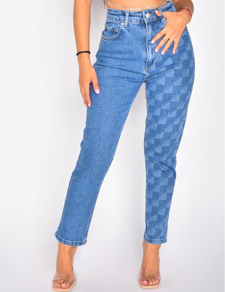Jeans à motif damier sur une jambe