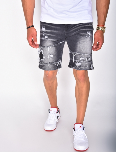 Shorts in Destroyed-Optik