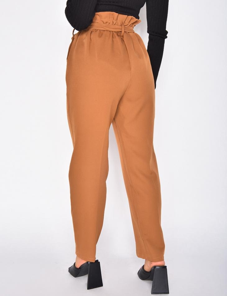 Pantalon de tailleur à nouer