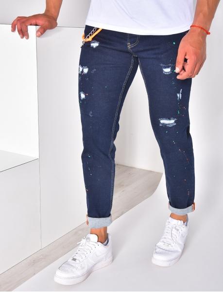 Jeans destroy à chaîne avec tâches de peinture