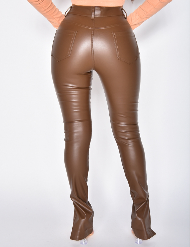 Pantalon en simili à fente
