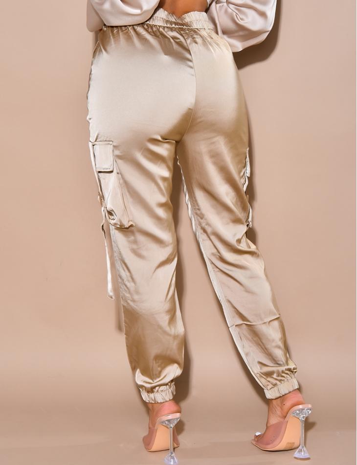 Pantalon cargo en satin